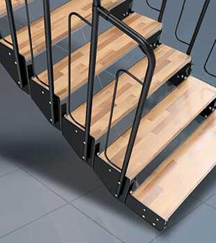Schody modułowe drewniane
